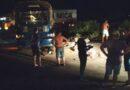 Acidente entre caminhão e motocicletas deixa dois mortos e um ferido