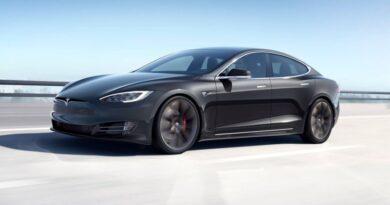 Carros autônomos serão autorizados a rodar no Reino Unido até o fim do ano