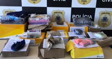 Polícia localiza drogas em falso presente de Dia das Mães nos Correios