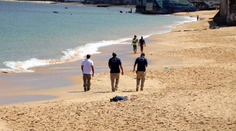 Praias seguem fechadas durante fim de semana em Salvador