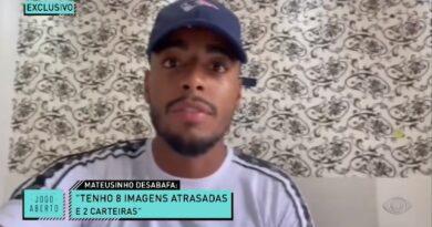 """Exclusivo: jogador do Vitória, Mateusinho, desabafa sobre salário: """"Tenho 8 imagens atrasadas, 2 carteiras"""""""
